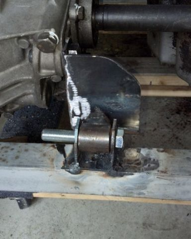gearbox rear mount 2